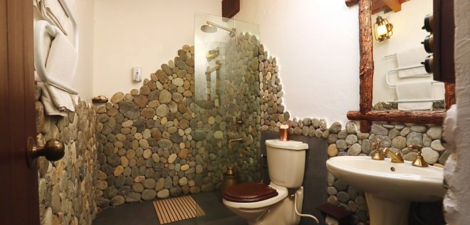 4-Bathroom at Sum Room