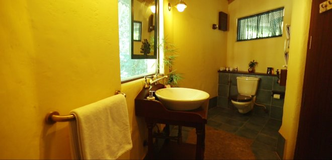 4-bathroom at Mukta Room