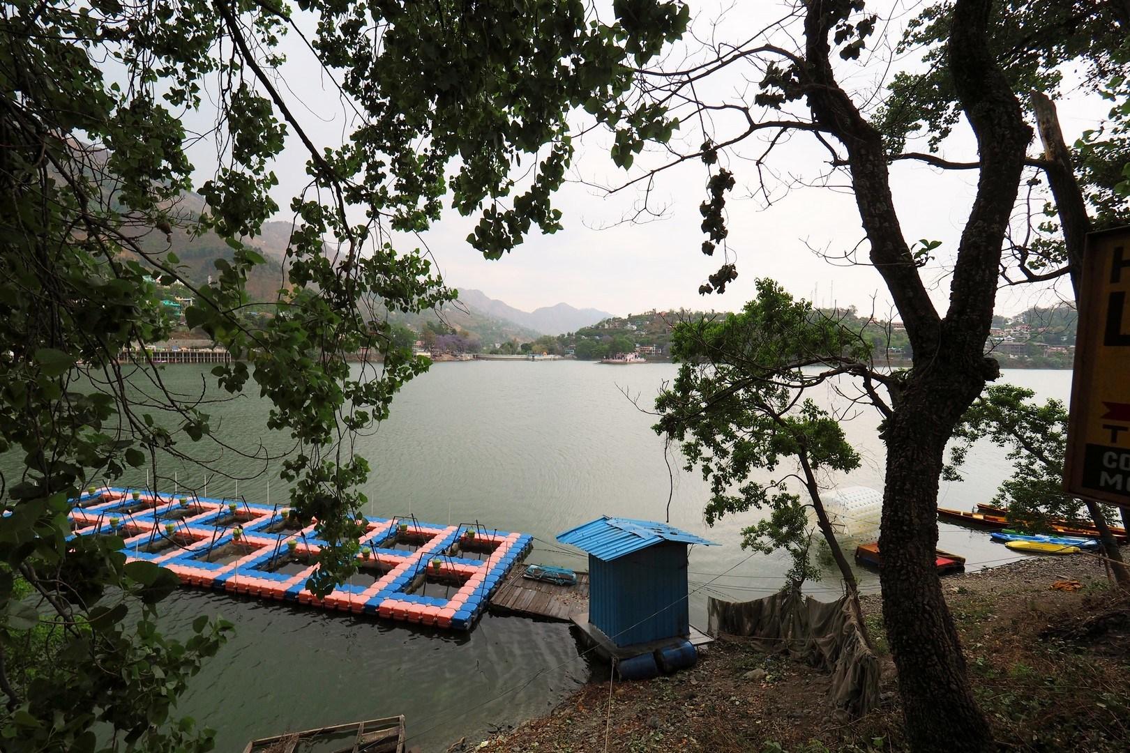 Bhimtaal-Lake-enroute-to-Soulitude