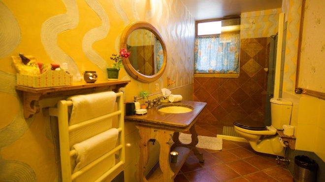 The Secret Garden-Bathroom