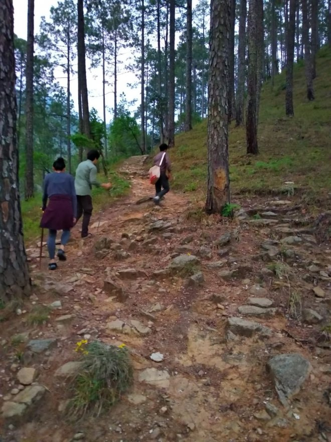 bametha-gaon-trek-from-soulitude-1