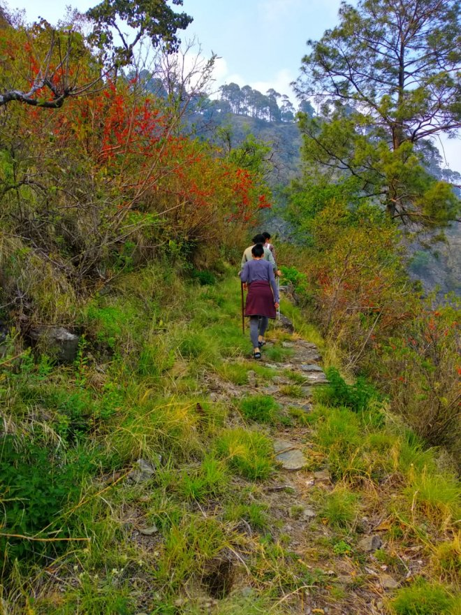bametha-gaon-trek-from-soulitude-3