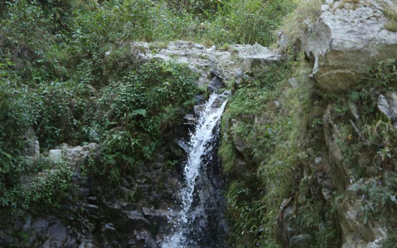 spring-water-trek-featured